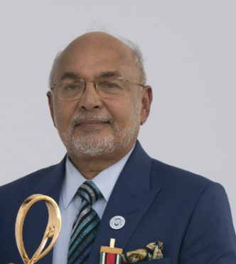 dr george mathew abu dhabi awards